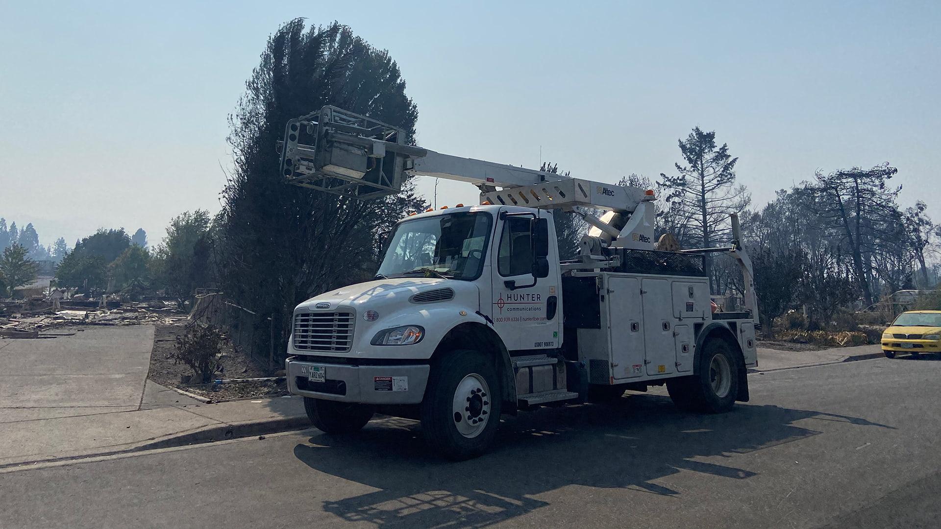 Hunter Communications service truck
